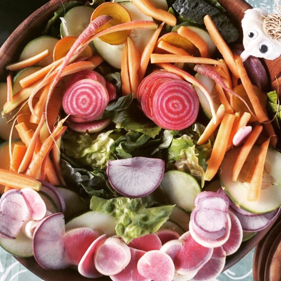 SALAD – My Go-To Easy, Healthy Meal